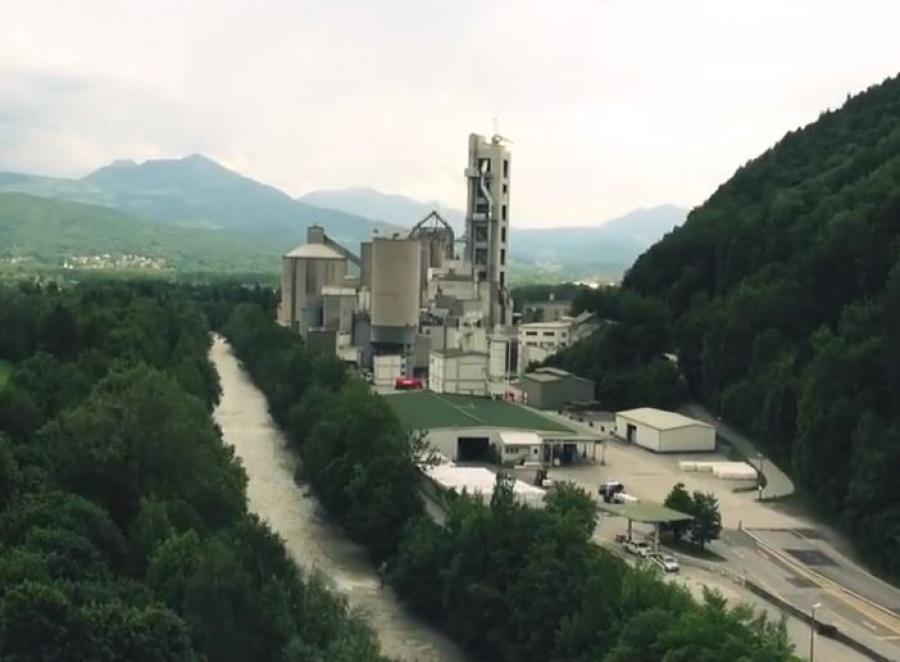 The cement plant in Gartenau.